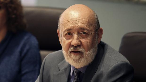 El presidente del CIS, el socialista José Félix Tezanos