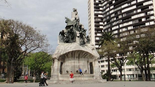 Plaza Tetuán en Barcelona