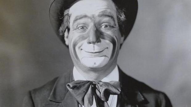 Marcelino Orbes, maquillado y con su atuendo de payaso que inspiró a Chaplin