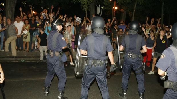 Cargas policiales durante las protestas del 15-M