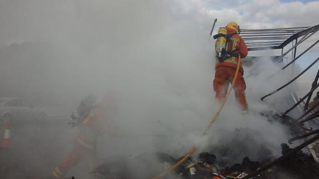 Imagen de archivo de la extinción de un incendio