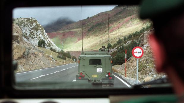 Unidades militares durante unas maniobras en Jaca (Huesca)