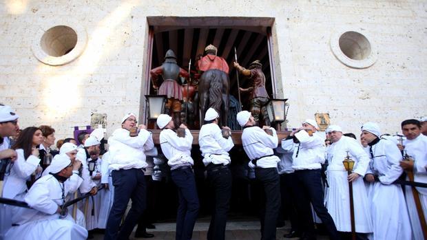 Procesión de La Soledad en Medina de Rioseco (Valladolid)