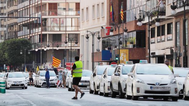 Imágenes de la última huelga del sector del taxi en Valencia