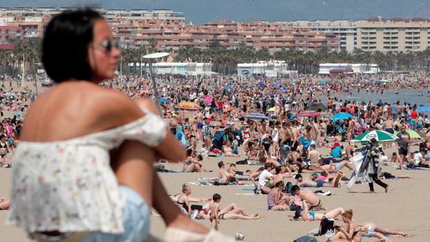 Imagen tomada este Domingo de Ramos en la playa de Las Arenas de Valencia