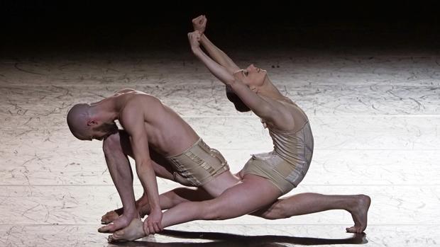 Un momento de la representación del Ballet de la Ópera de Lyon