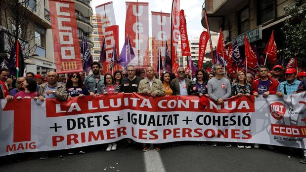 Imgánes de la manifestación del uno de mayo en Valencia