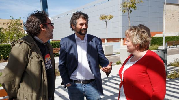 José Sarrión junto a la candidata de la organización a las Cortes por Zamora