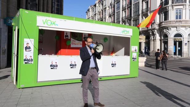 El cabeza de lista de Vox a la Presidencia de la Junta de Castilla y León, Jesús García-Conde del Castillo