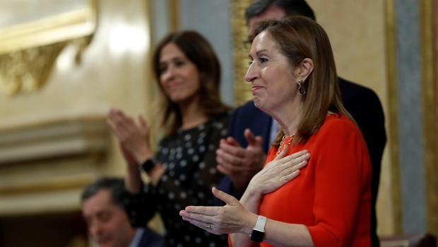 Ana Pastor en la última sesión de la XII Legislatura
