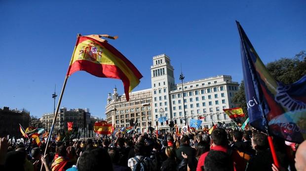 Una manifestación de guardias civiles y policías nacionales en Barcelona en 2018, convocada por Jusapol