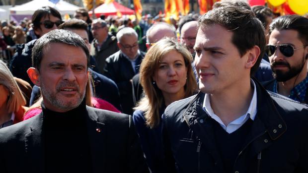 Manuel Valls y Albert Rivera en un acto en marzo de 2018