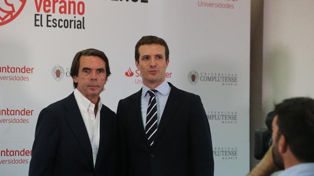 El presidente de FAES, José María Aznar, recibió ayer con los brazos abiertos al actual líder del PP