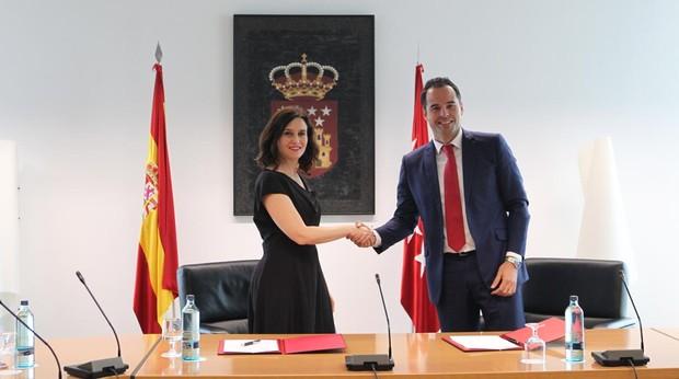 Isabel Díaz-Ayuso e Ignacio Aguado pactan el Gobierno de la Comunidad de Madrid
