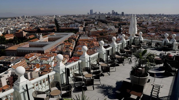 El Edificio España Recupera La Esencia De Los Años 50 En El
