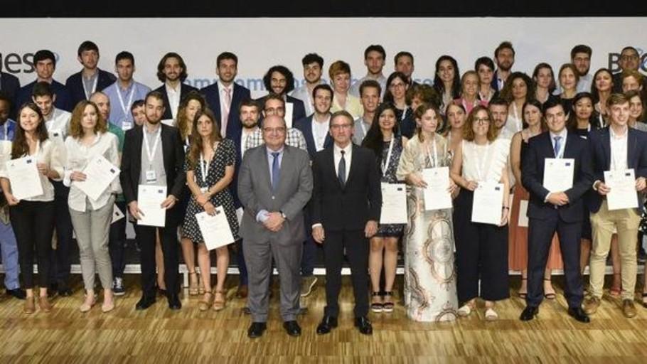 La Caixa concede 9,2 millones de euros en becas a 77 estudiantes de doctorado