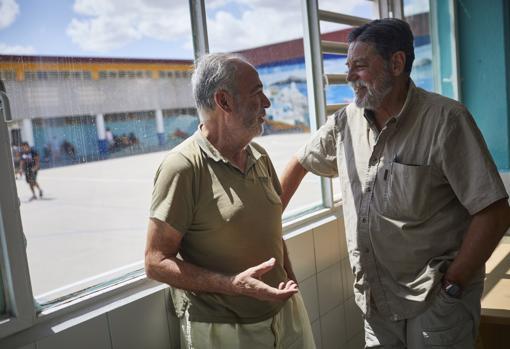 Dos ex ejecutivos: Juan Cabrerizo y Emilio Ballester. El deporte y el estudio son sus aliados.
