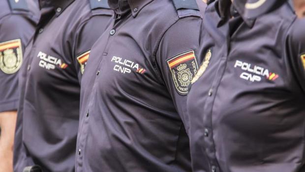 Efectivos de la Policía Nacional en la Comunidad Valenciana