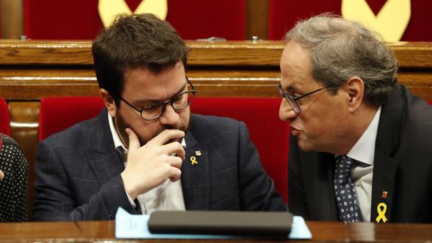 Quim Torra y Pere Aragonès, en el Parlament de Cataluña