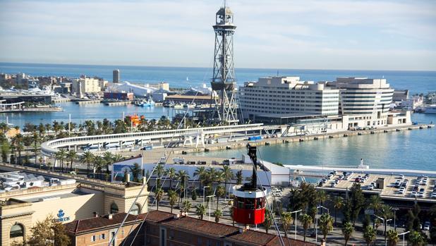 Panorámica del Puerto de Barcelona