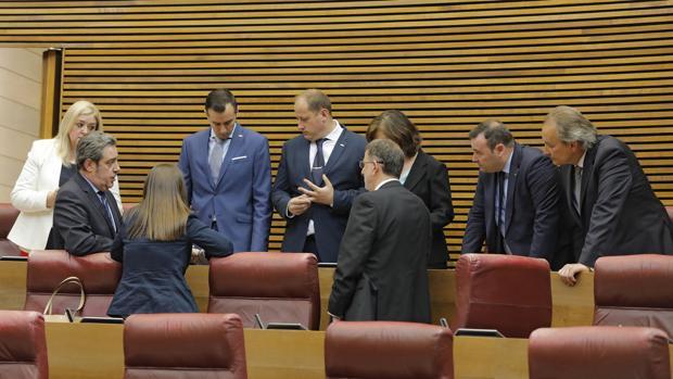 Imagen del grupo parlamentario de Vox en las Cortes Valencianas