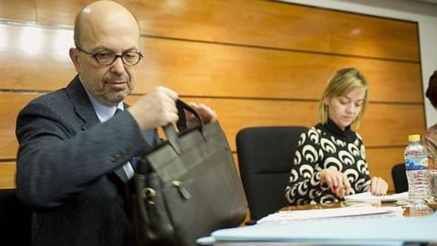 Nacho Villa, durante una comparecencia en las Cortes de Castilla-La Mancha