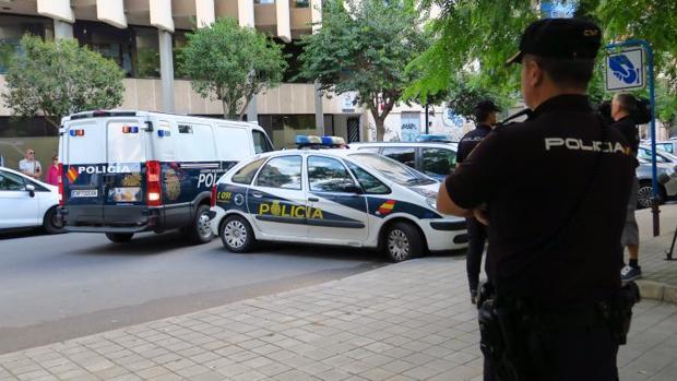 Efectivos policiales en una imagen de archivo