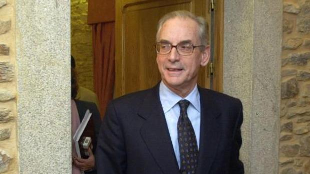 El presidente de la patronal gallega, Antonio Ramilo, en el año 2000 tras presentar su dimisión
