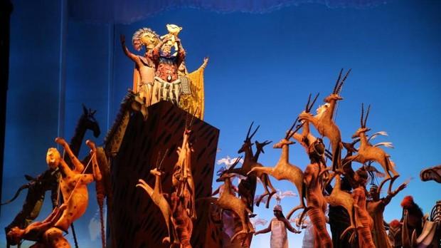 Un instante del musical «El Rey León»