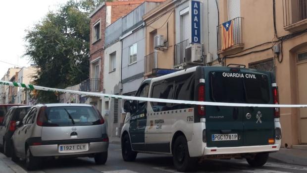 Imágenes del registro de la Guardia Civil en Sabadell