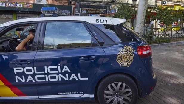 Agentes de la Policía Nacional han detenido al hombre de 35 años