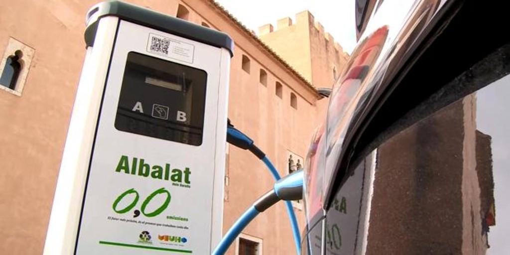La Diputación de Valencia subvenciona 130 vehículos eléctricos y 80 puntos de recarga en 108 municipios
