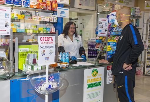 Imagen tomada este viernes en una farmacia de la provincia de Alicante