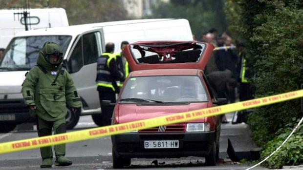 [Imagen: atentado-eta-crimenes-U55060153005jTj-620x349@abc.jpg]