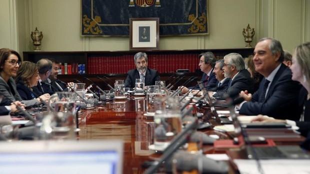 Los jueces ven «insuficiente» la retirada de la reforma y anuncian que seguirán «luchando»