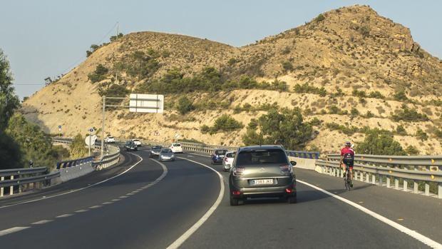 Imagen de archivo de la carretera alicantina en la que se ha producido el siniestro