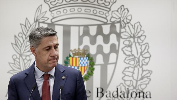 El PSC, ERC, Junts y los comunes cierran un acuerdo para la moción de censura contra Albiol