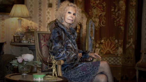 Doña Cayetana en 2012, durante una sesión de fotos para ABC en el Palacio de las Dueñas