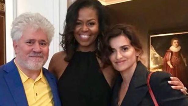 Pedro Almodóvar, Michelle Obama y Penélope Cruz