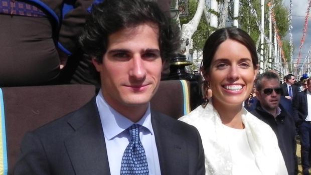 Fernando Fitz-James Stuart y Sofía Palazuelo, en la Feria del Abril de Sevilla