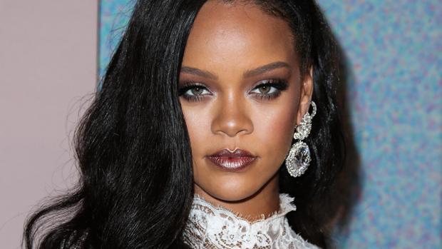 dc0695cf57f608 Rihanna es la artista más rica del mundo y no por su trayectoria musical