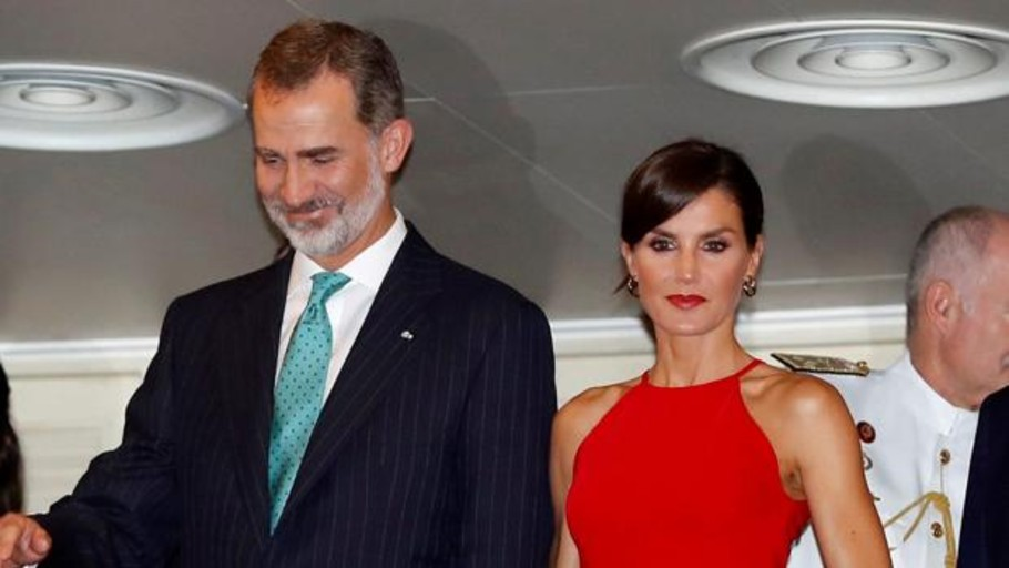 Los tres «outfits» con los que la Reina Letizia ha dado una lección de estilo en Cuba