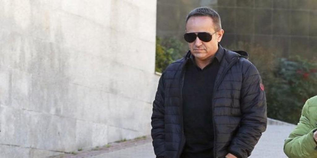Víctor Sandoval, desolado tras el fallecimiento de su padre