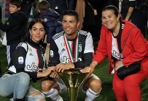 Georgina Rodríguez, Cristiano Ronaldo y Dolores Aveiro