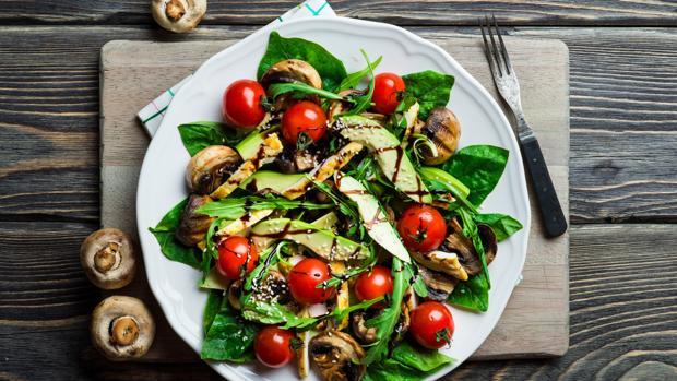 Las ensaladas son una buena opción para aumentar el consumo de verduras y hortalizas