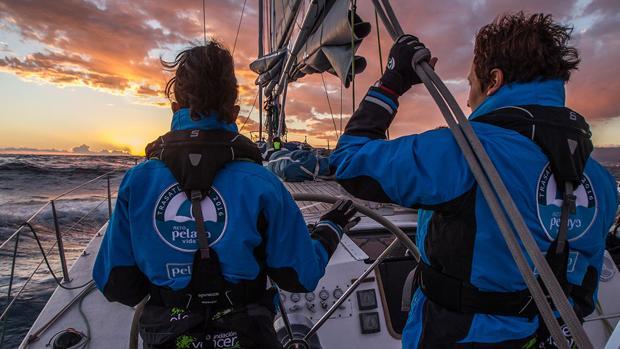 Cinco mujeres atravesaron el Atlántico en 13 días y 8 horas en un velero de 73 pies