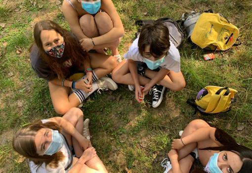 Imagen de unos niños durante un campamento este pasado verano