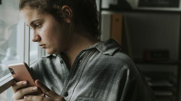 Perfiles de adolescentes en redes sociales: no antes de los 15