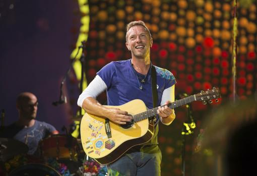 Coldplay's Chris Martin acknowledges his drinking