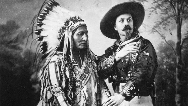 Buffalo Bill junto a Toro Sentado, en 1885